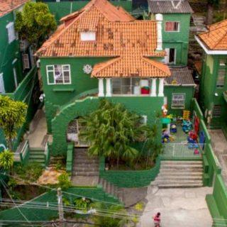 Aerial Shot of Solar Meninos de Luz school showing its green buildings