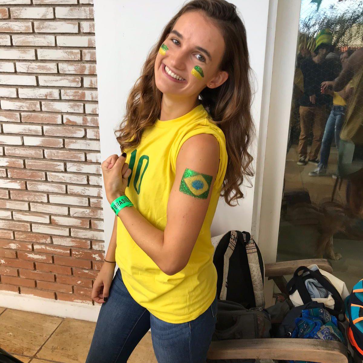 EduMais volunteer Emily volunteering in the favelas as an English teacher on EduMais' English and Community English programs in Rio de Janeiro