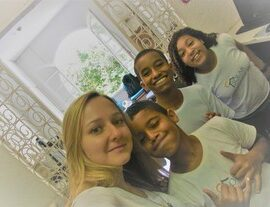volunteer-marianne-classroom-riodejaneiro
