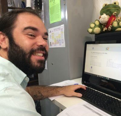 EduMais Web Design Program Volunteer Teacher Felipe
