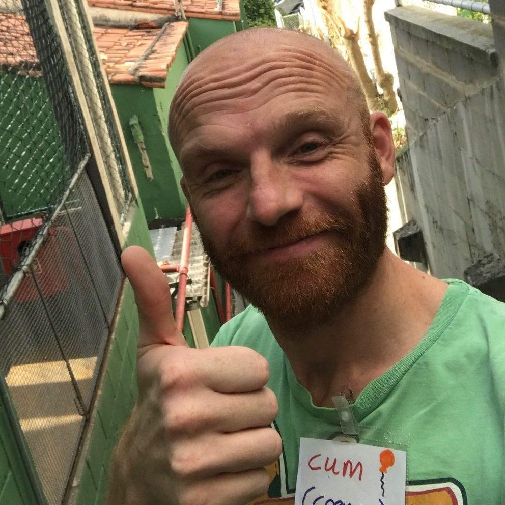 EduMais volunteer English teacher and office support for volunteer recruitment and management Coen
