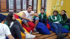 students-entrepreneurship-course-favela-rio-de-janeiro-edumais